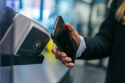 Mobile Payment, Photo by Jonas Leupe on Unsplash